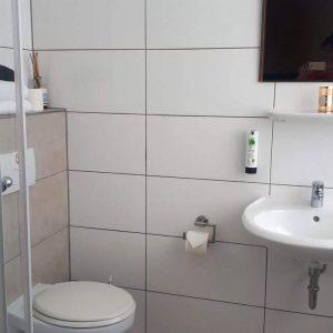 Motelo Haus Zimmervermietung, Badezimmer